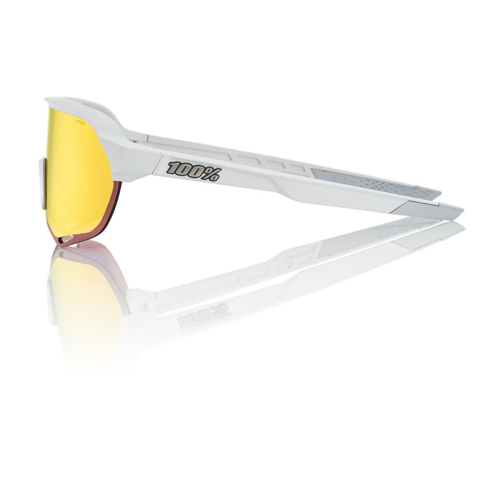 S2 – Soft Tact Off White – HiPER Red Mirror Lens