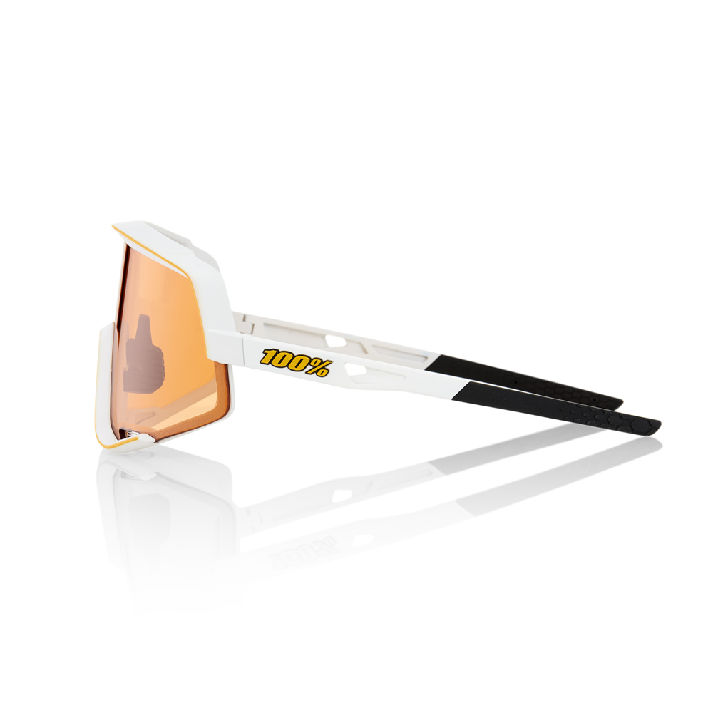 GLENDALE – Soft Tact Off White – Persimmon Lens